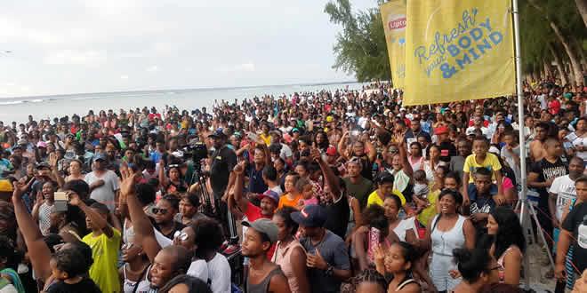 Les Mauriciens se sont déplacés en grand nombre pour assister au concert de Radio Plus.