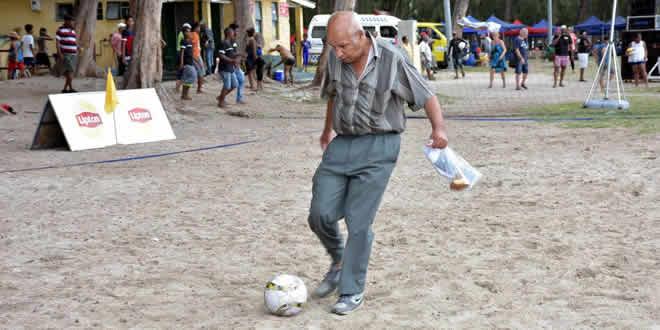 Le Défi Sport Beach Games a permis à ce monsieur de revivre sa passion pour le foot.