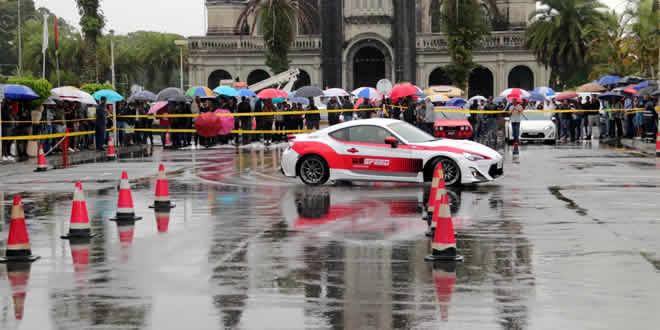 Un drift show était également au programme de cette journée devant la mairie de Curepipe.
